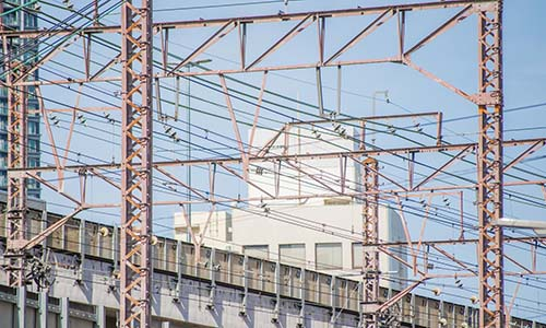 線路と電線